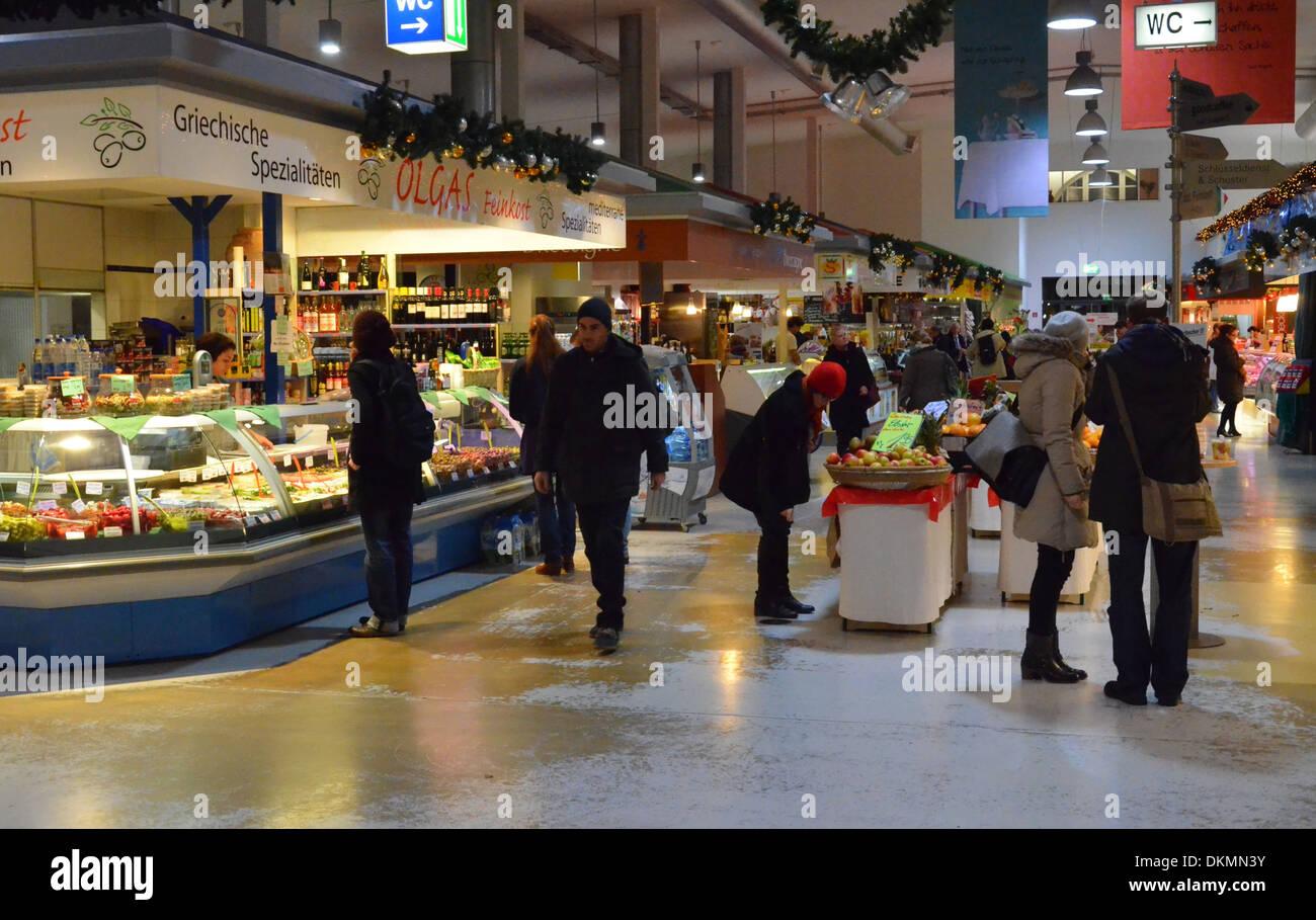 Berlin, Supermarket at Christmastime - Stock Image