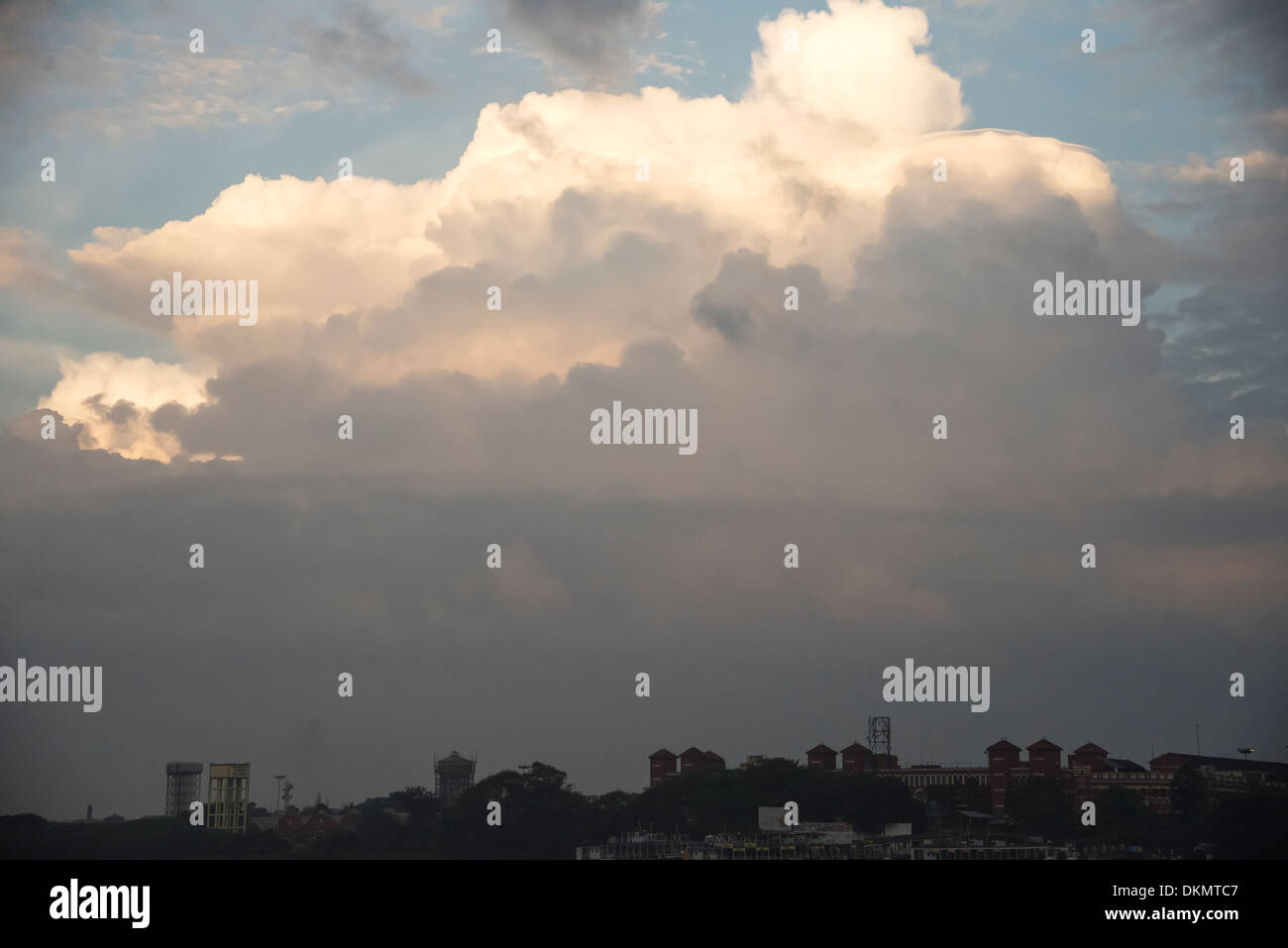 Howrah Rail Station building under cloud cover. - Stock Image