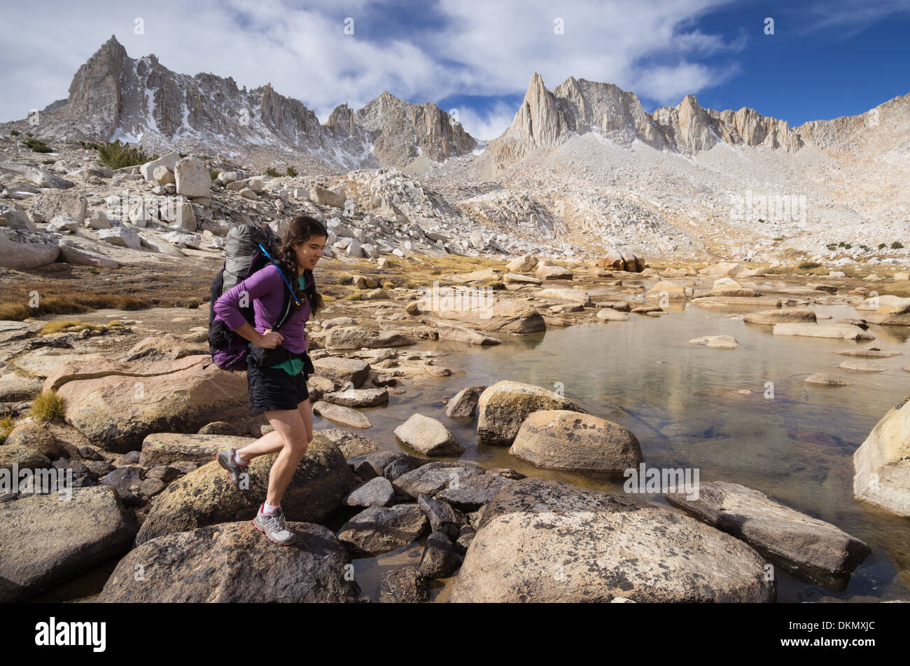 woman backpacker in the Sierra Nevada mountains - Stock Image
