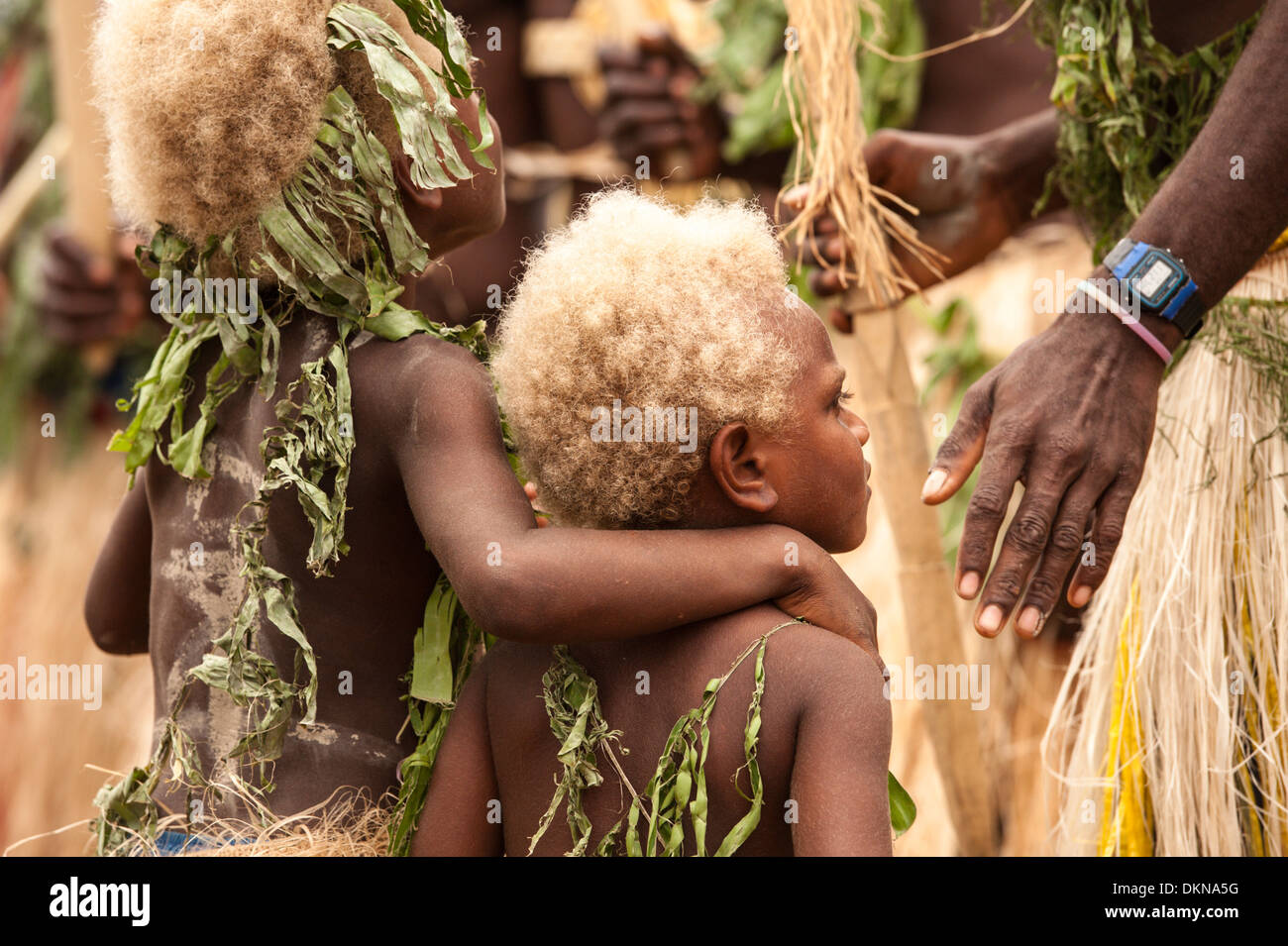 Children amongst performers from Tanna taking part in Fest' Sawagoro, a celebration of kastom, traditional culture in Vanuatu - Stock Image