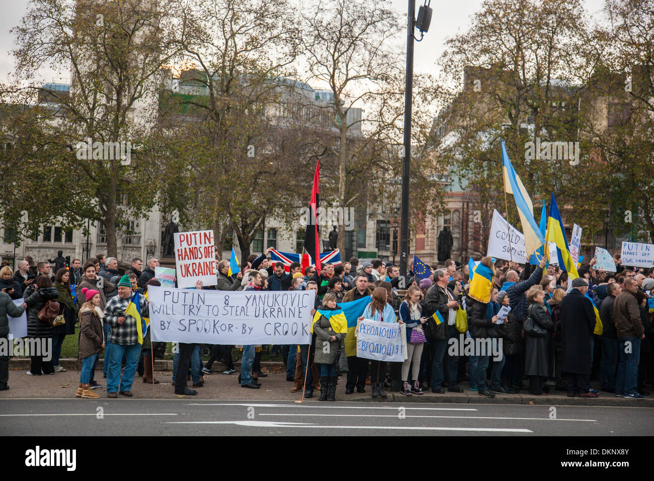 London, UK. 8th Dec, 2013. Ukranian Protest at Parliament Square, London, United Kingdom Credit:  galit seligmann/Alamy Live News - Stock Image