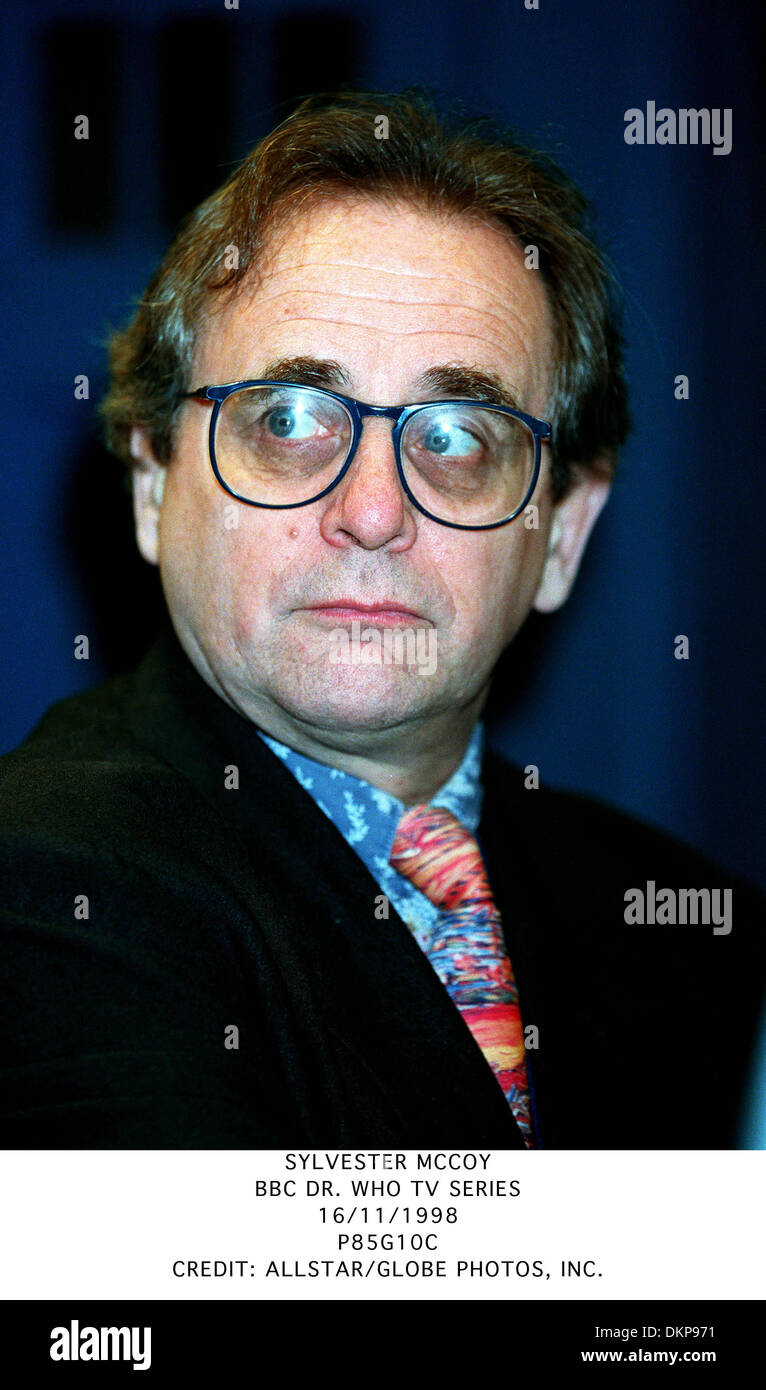 SYLVESTER MCCOY.BBC DR. WHO TV SERIES.16/11/1998.P85G10C. - Stock Image