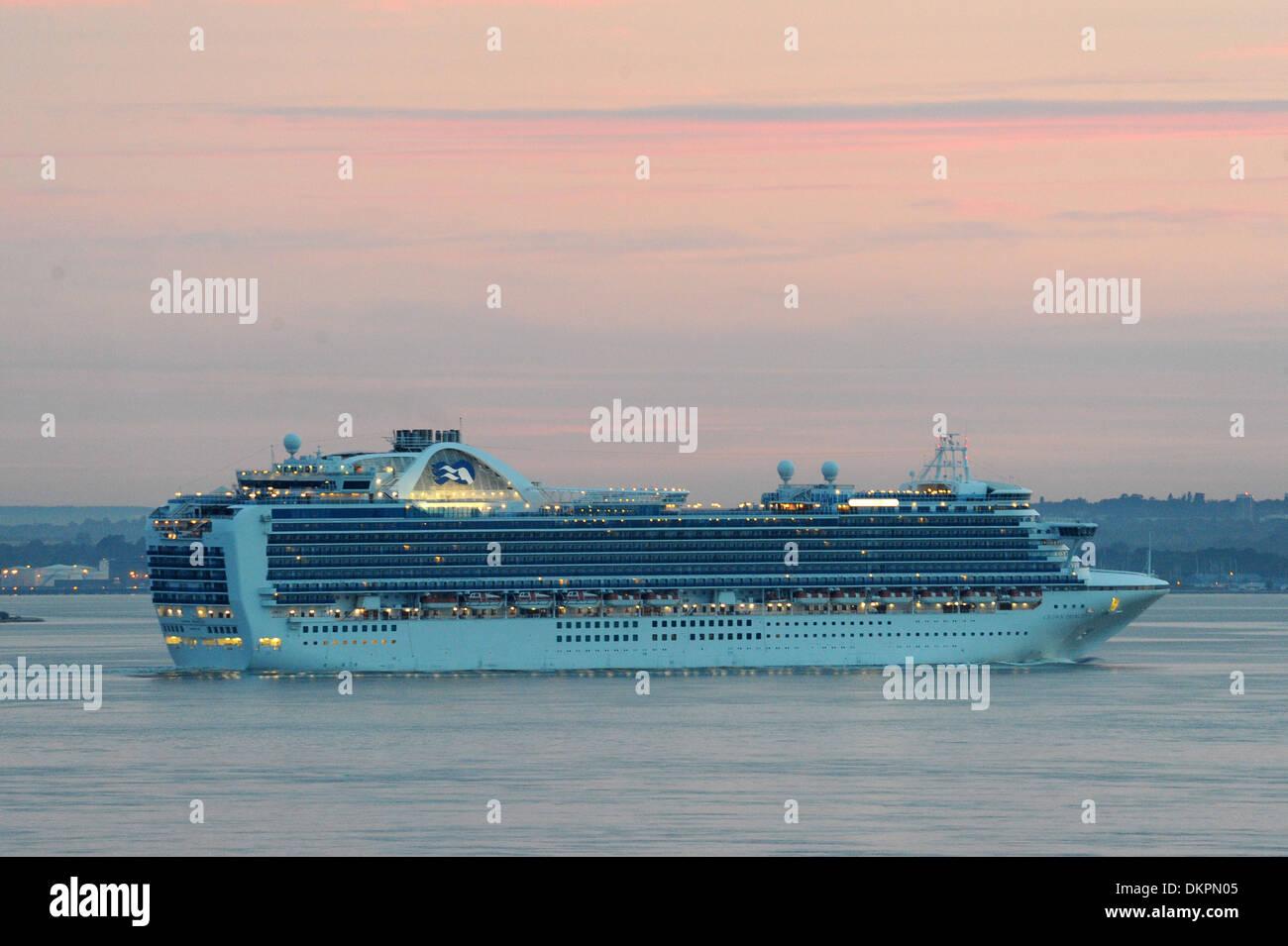 Crown Princess cruise ship arrives at Southampton