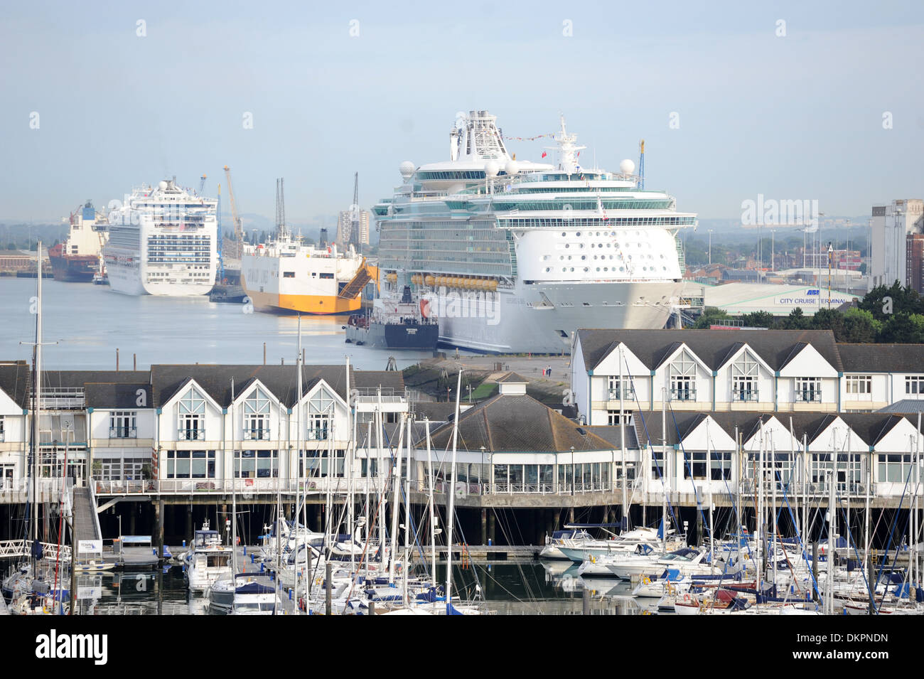 Royal Caribbean International's Independence of the Seas cruise ship at port in Southampton. - Stock Image