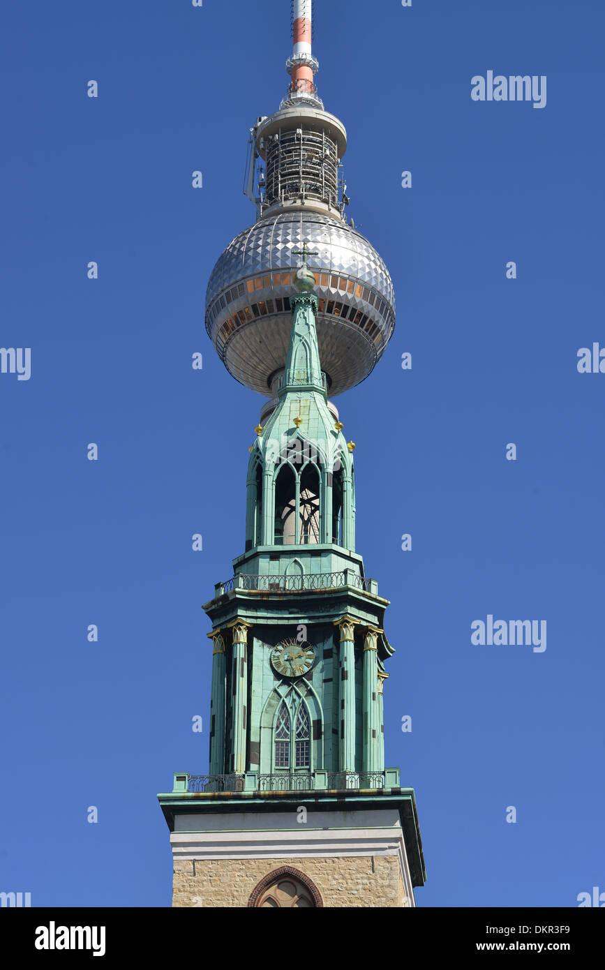 Fernsehturm, Marienkirche, Karl-Liebknecht-Strasse, Mitte, Berlin, Deutschland - Stock Image