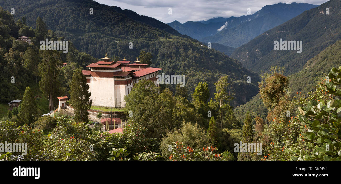 Bhutan, Trongsa, Dzong overlooking Mangde River Valley, panoramic - Stock Image