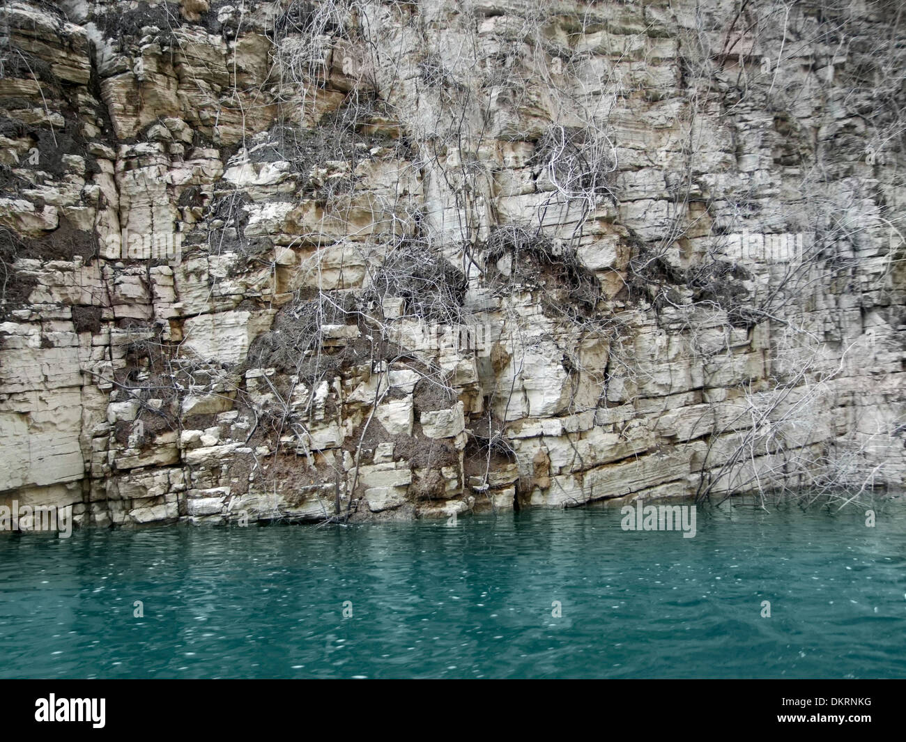 rock formation detail at River Shennong Xi in China - Stock Image