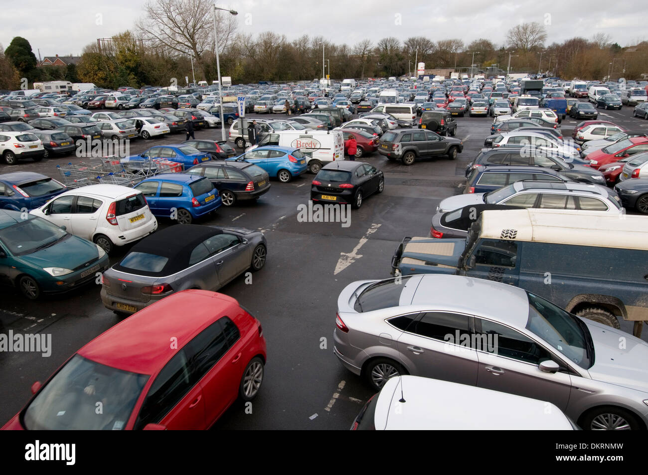car parks park parking uk cars parked pay and display town center packed full busy - Stock Image