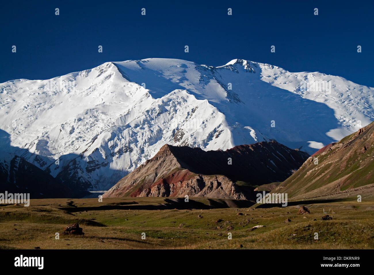 Lenin Peak, Trans-Alay Range, Pamir Mountains, Tajikistan and Kyrgyzstan, Central Asia Stock Photo