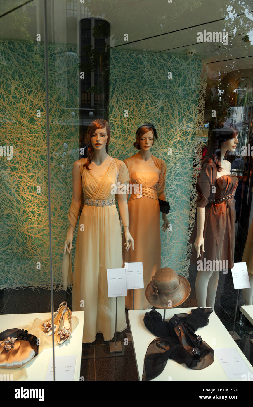 Europe Switzerland CH Zurich Old Town Bahnhofstrasse shop-window fashions clothes clothing hats mannequins buildings - Stock Image