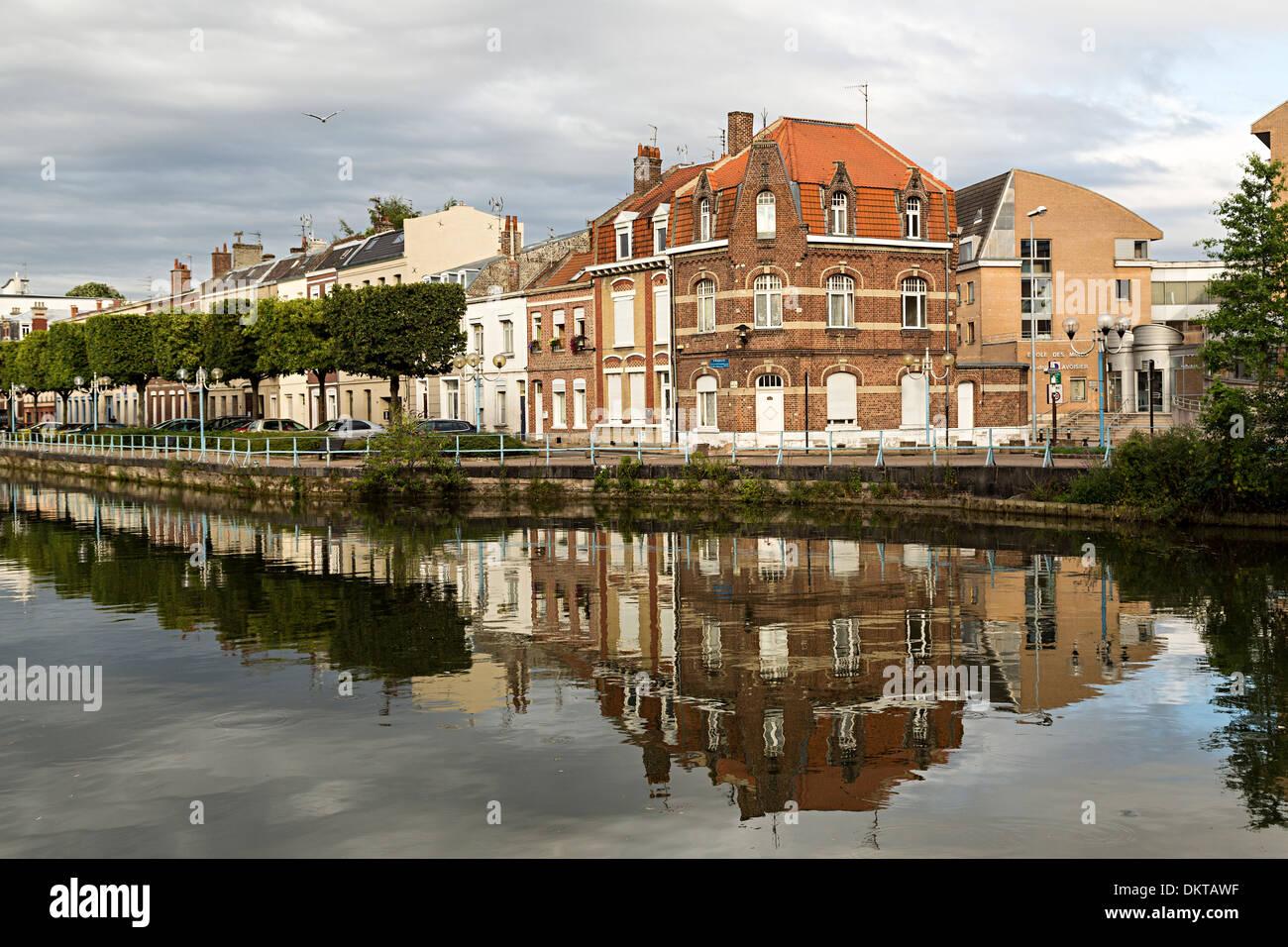 Houses alongside the canal river at Douai, Nord-Pas-de-Calais, France - Stock Image