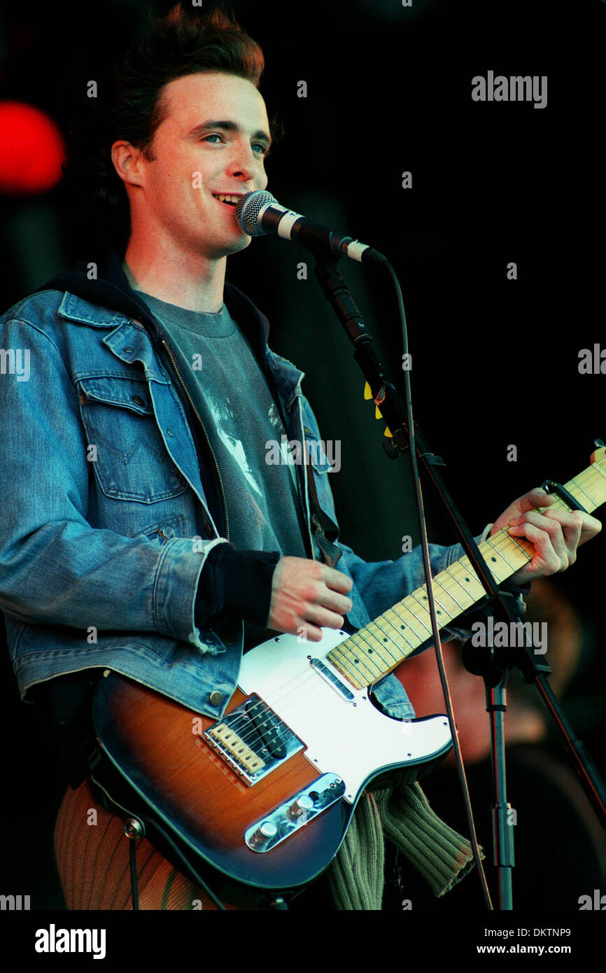 FRANCIS HEALY.SINGER ''TRAVIS''.15/07/1998.N88B23A - Stock Image