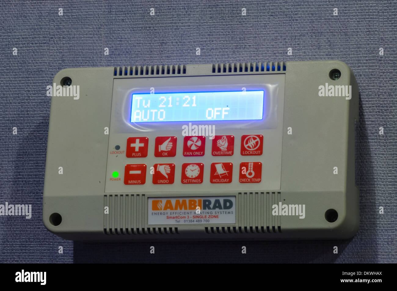 Programmable timer switch for gas-powered central heating system - Stock Image
