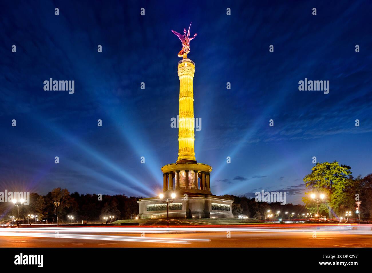 Illuminated Victory Column, Tiergarten, Mitte district, Berlin, Germany - Stock Image