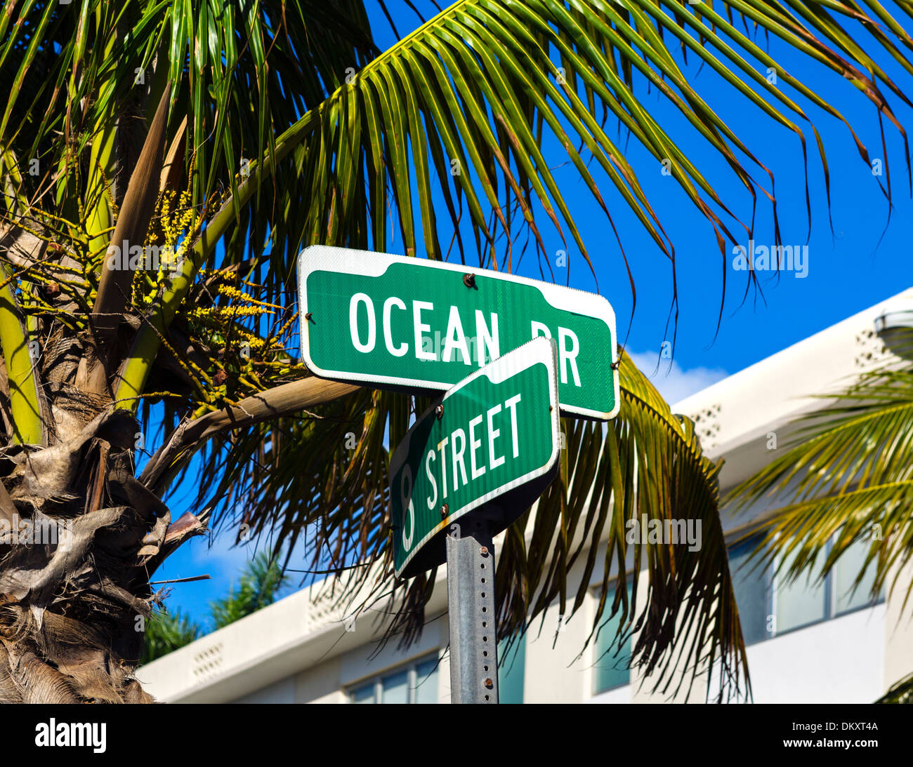 Ocean Drive street sign at the intersection with 8th Street, Art Deco District, South Beach, Miami Beach, Florida, USA - Stock Image