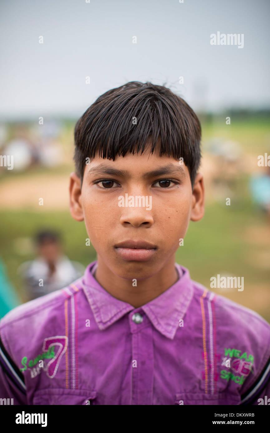 Indian Teen Boy Stock Photos & Indian Teen Boy Stock Images ...