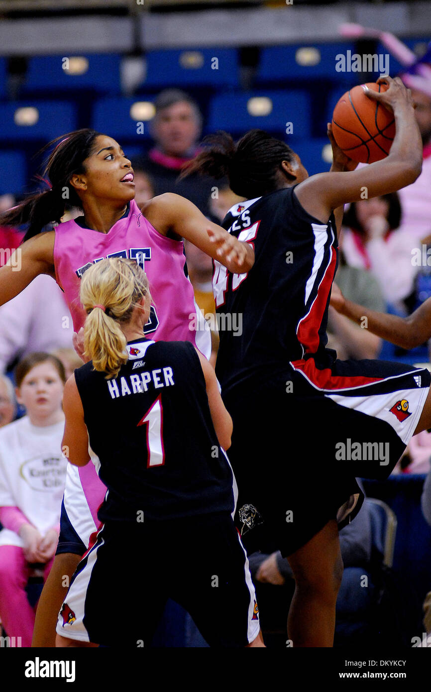 Feb. 14, 2010 - Pittsburgh, PA, U.S - 14 February 2010: Both University of Pittsburgh junior guard Shayla Scott Stock Photo