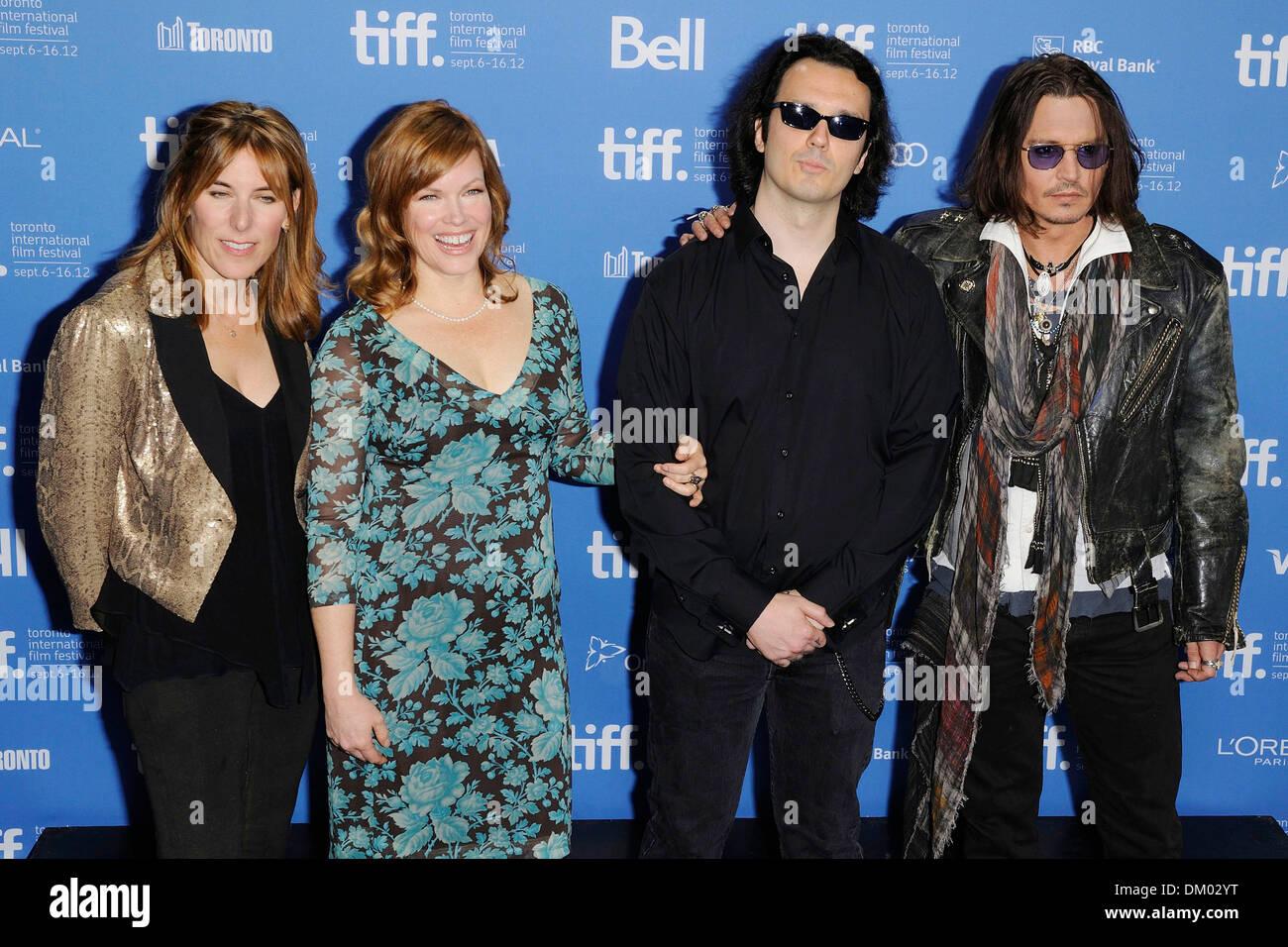 Amy Berg Lorri Davis Damien Echols And Johnny Depp 2012 Toronto Stock Photo Alamy