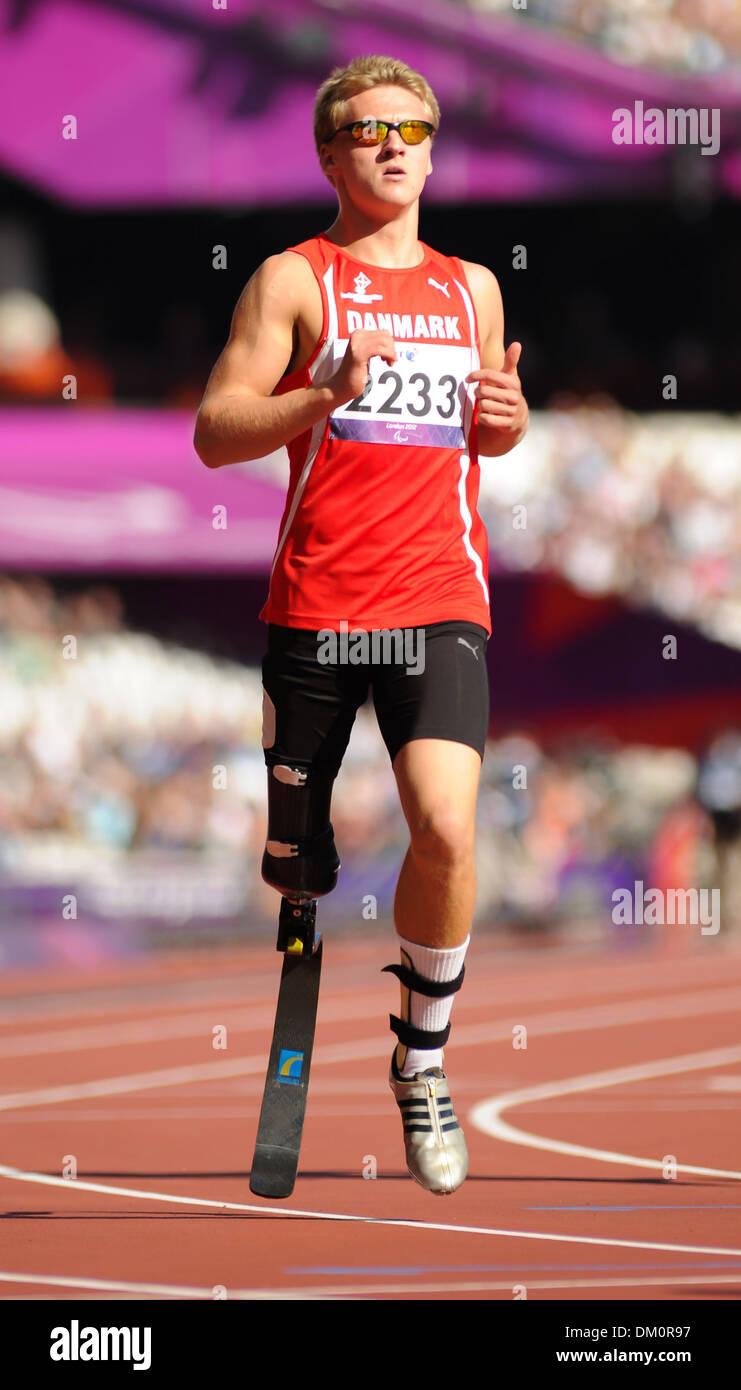 Daniel Jorgensen (DEN) London 2012 Paralympic Games - Men's 100m T42 Round 1 - Olympic Stadium London England - Stock Photo