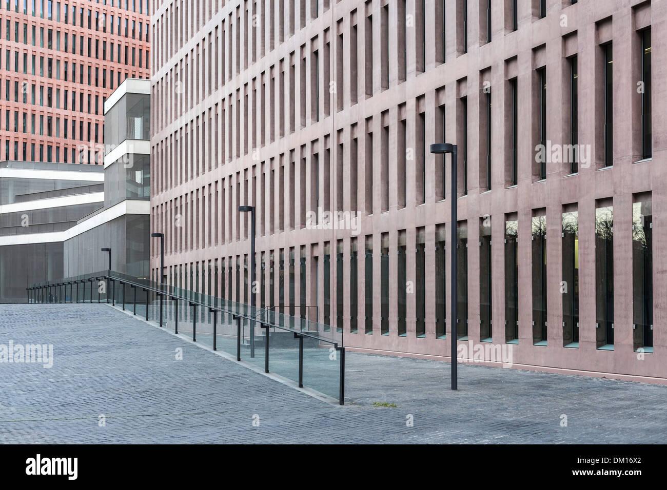 Ciutat de la Justícia de Barcelona i l´Hospitalet.Designed by David Chipperfield and Fermín Vázquez. - Stock Image