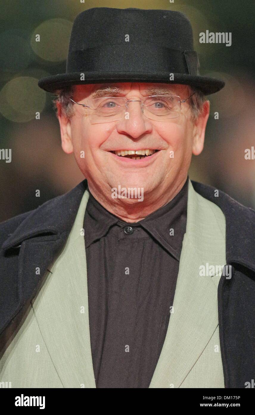 Berlin, Germany. 9th December 2013. Sylvester McCoy attends the European Premiere of 'The Hobbit: The desolation of Smaug' in Berlin./picture alliance Credit:  dpa picture alliance/Alamy Live News - Stock Image