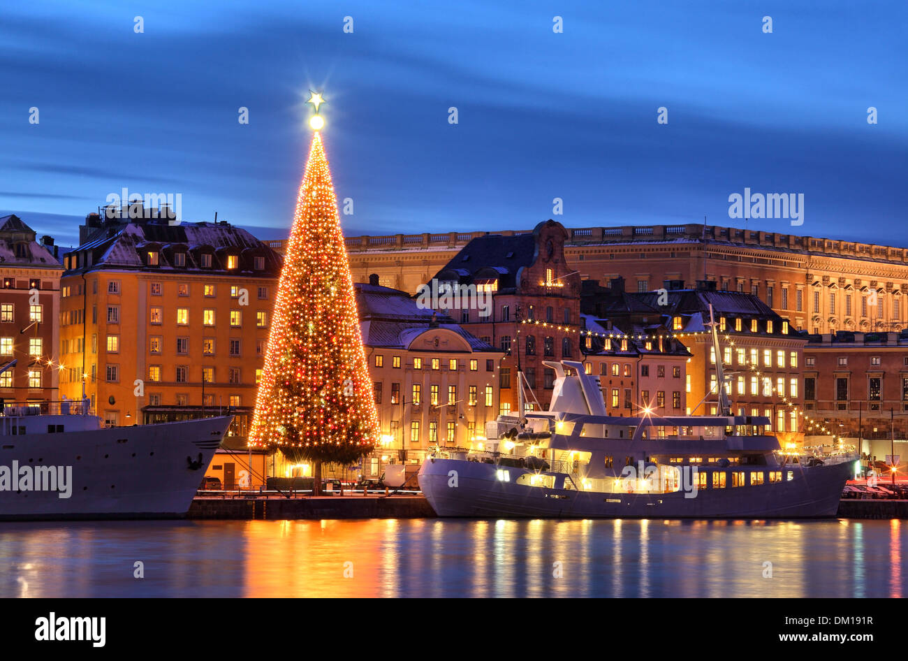 Stockholms old city with christmas tree - Stock Image
