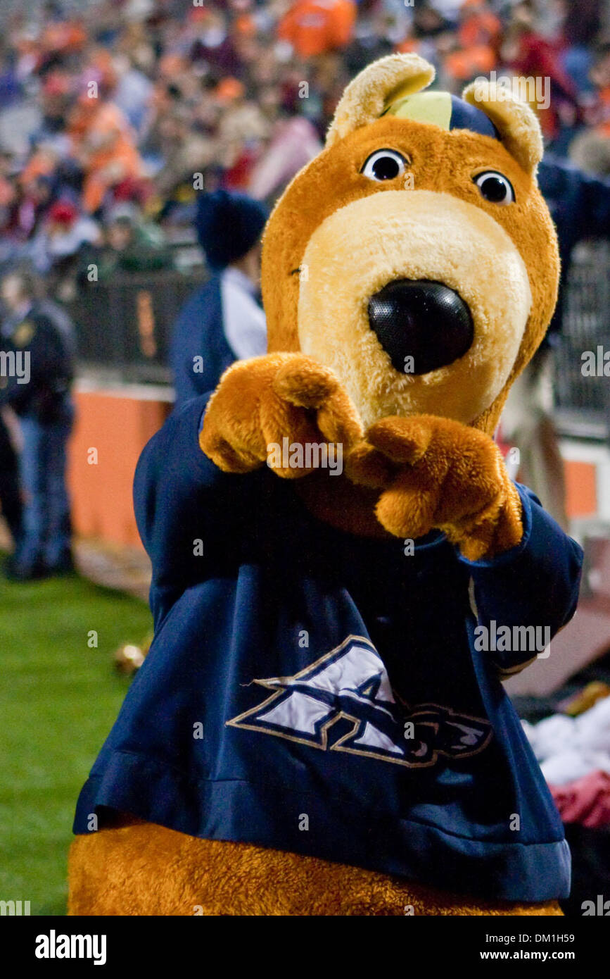akron zips mascot during game action bowling green defeated akron
