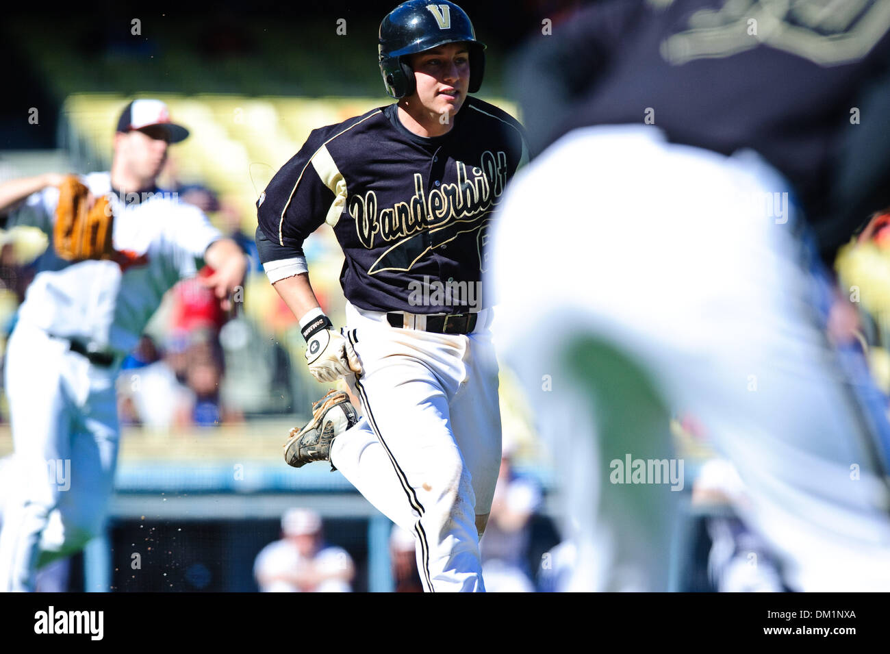 Feb. 28, 2010 - Los Angeles, California, U.S - 28 February 2010:  Vandy's Brian Harris runs down the first base - Stock Image