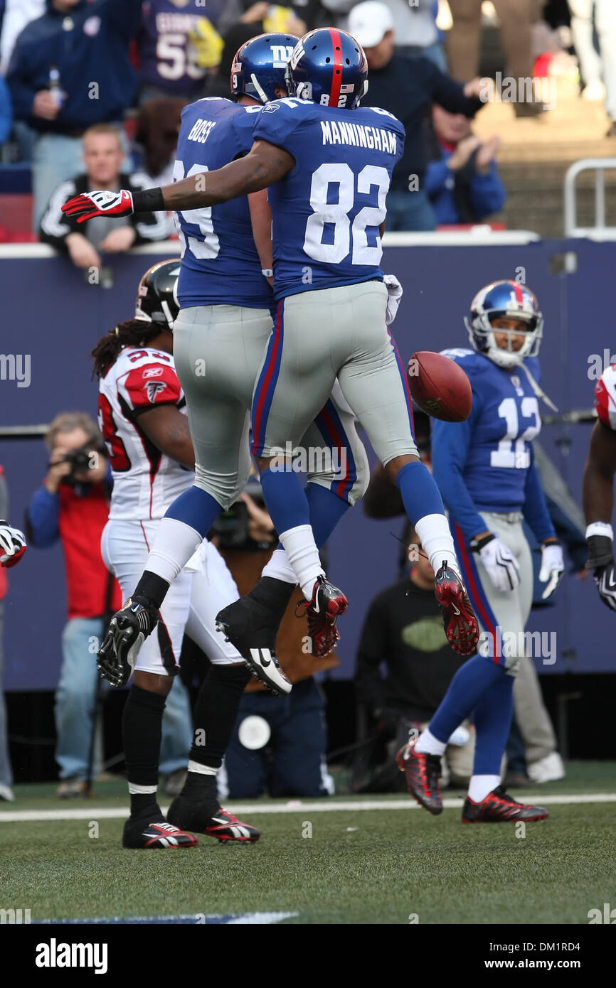 Giants #89 Tight End Kevin Boss celebrates his touchdown with #82  for sale