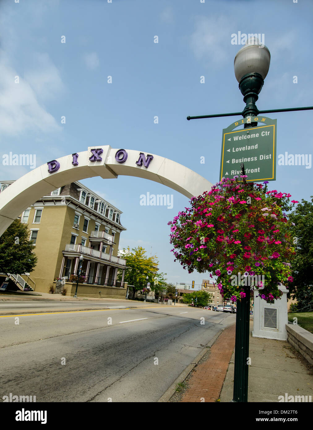 Arch in Dixon , Illinois, a city along the Lincoln Highway. - Stock Image