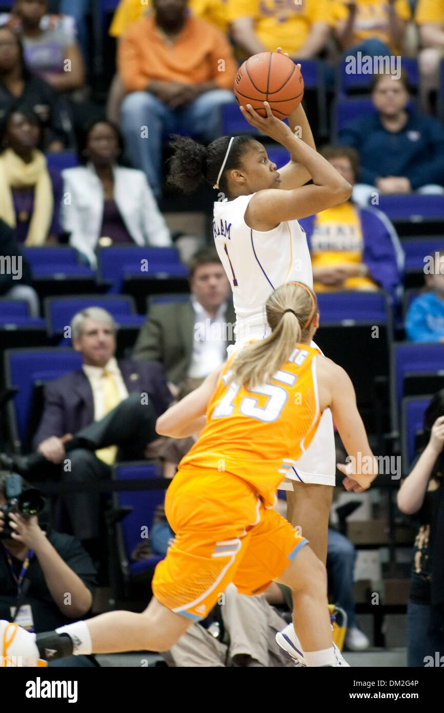 Tennessee at LSU; LSU guard Katherine Graham shoots a jumpshot during the first half; Tennessee led 24-22 at half time; Pete Maravich Assembly Center, Baton Rouge, Louisiana (Credit Image: © John Korduner/Southcreek Global/ZUMApress.com) - Stock Image