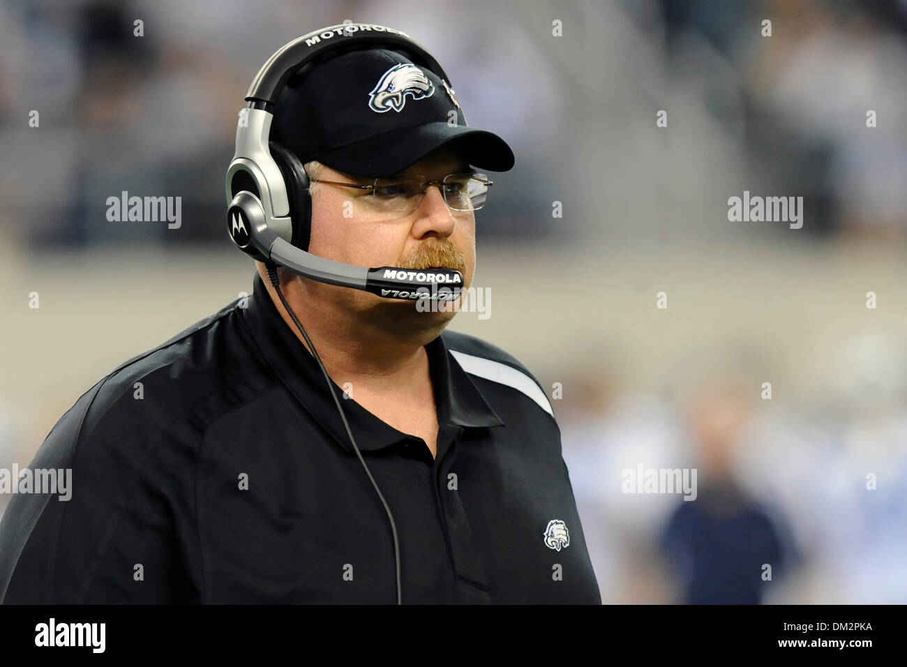 Philadelphia Eagles head coach Andy Reid in the NFL football game between  the Philadelphia Eagles and Dallas Cowboys at Cowboys Stadium in Arlington 5e8774329