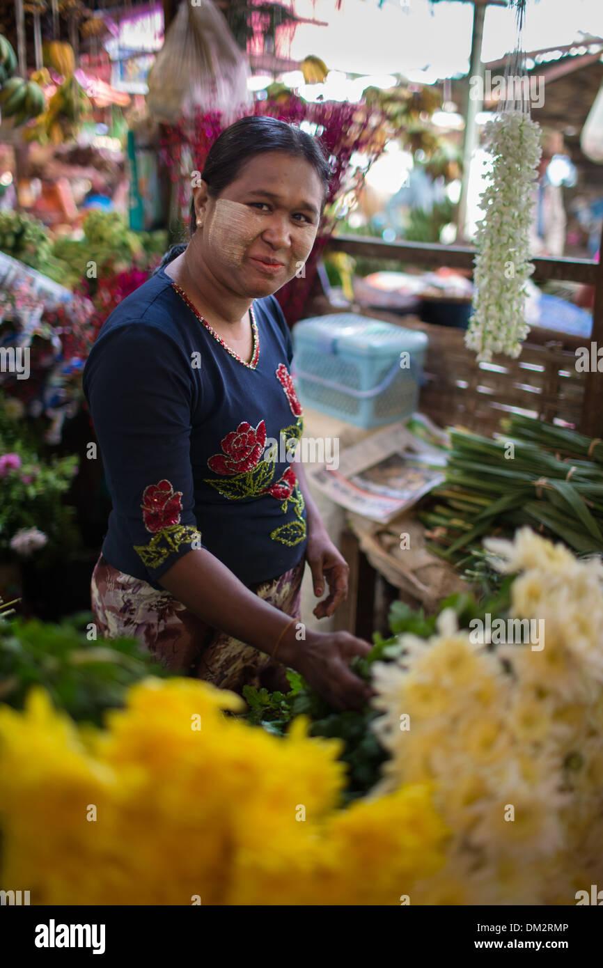 flower seller at the market at Pyin Oo Lwin, Shan Highland, Myanmar (Burma) Stock Photo