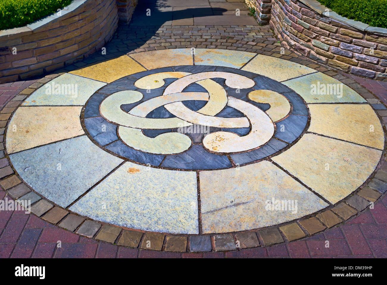 Ornamental Paving Design Using Segments Of A Circle   Stock Image