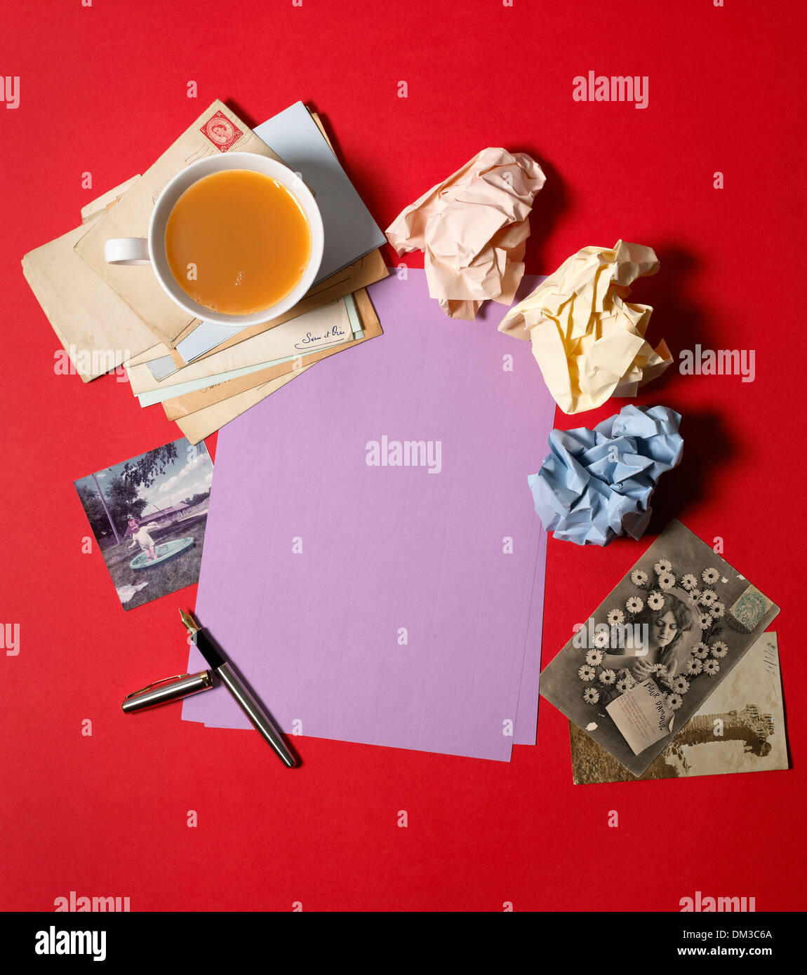 Writing, correspondence letter set on a red background - Stock Image
