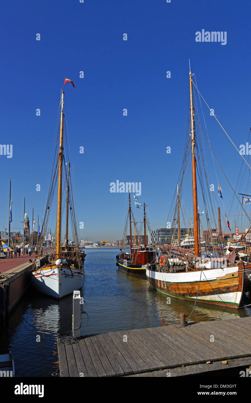 Europe Germany Bremen Bremerhaven Hermann-Heinrich-Meier-Strasse H.-H.-Meier-Strasse new harbour port harbour basin Stock Photo