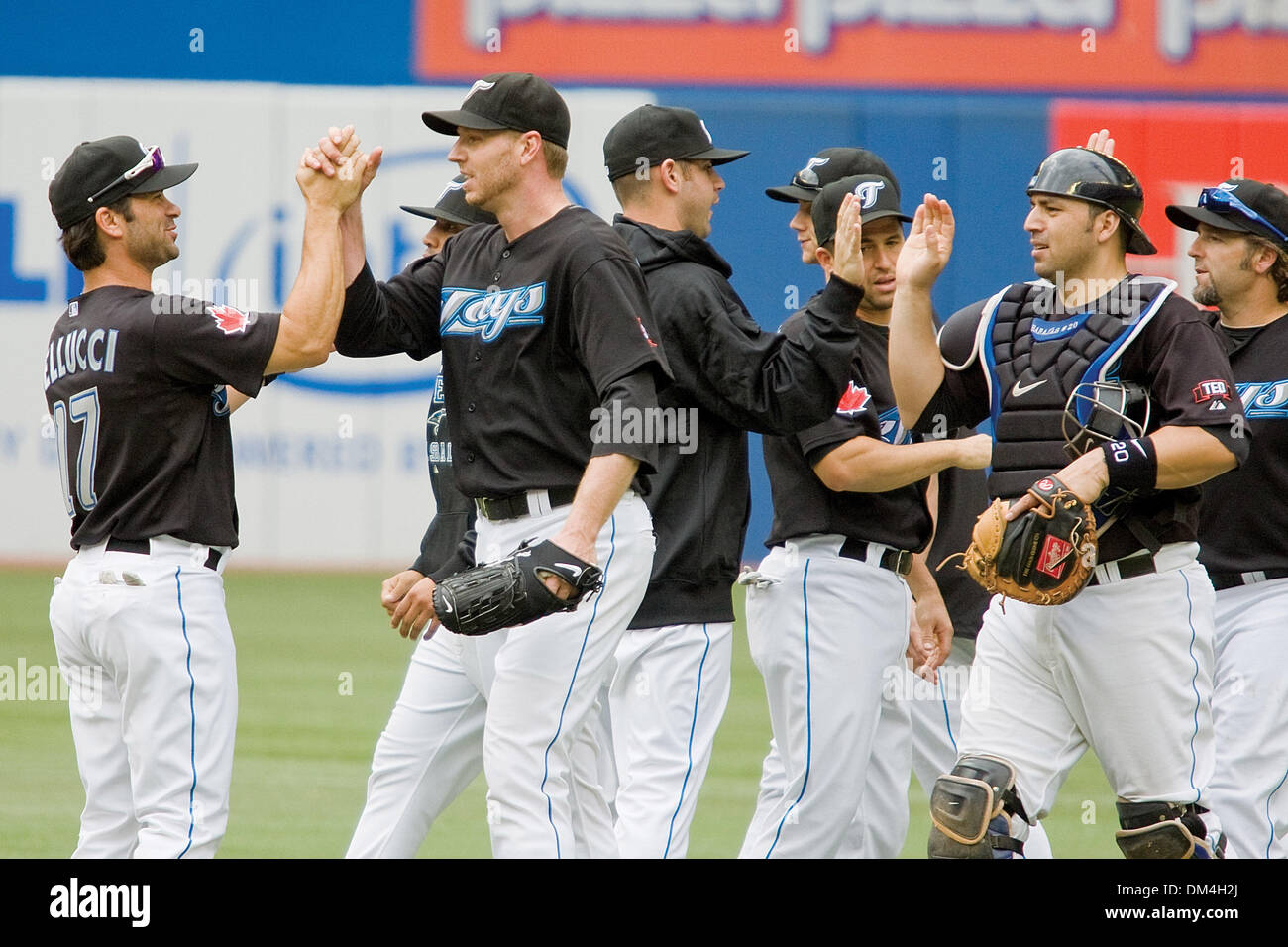 Roy ''Doc'' Halladay and the Toronto Bue Jays celebrate their 3-1 victory over the Boston Red Sox. Halladay earned his 11th victory of the season, at the Rogers Centre, Toronto. (Credit Image: © Terry Ting/Southcreek Global/ZUMApress.com) - Stock Image