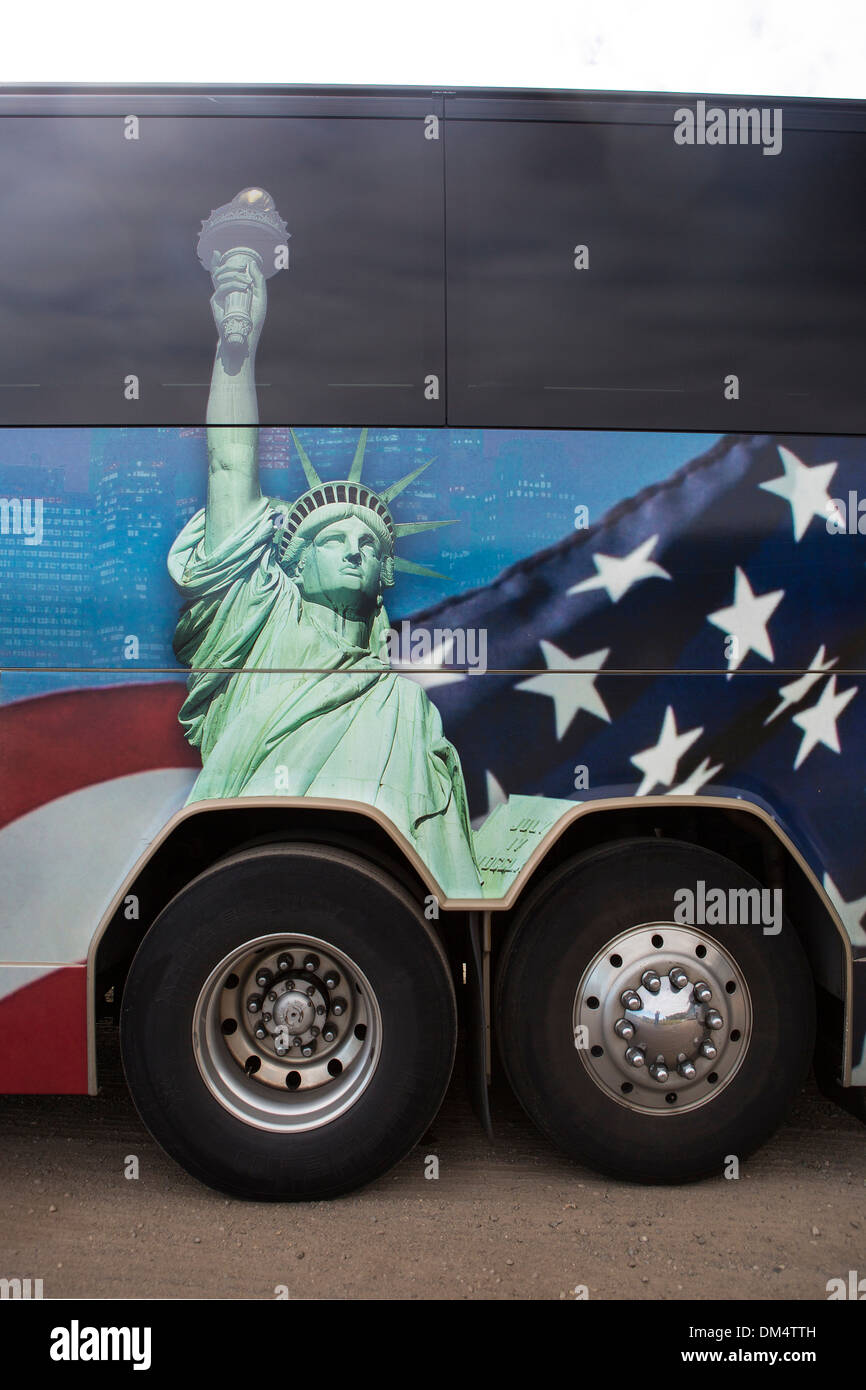 USA, United States, America, America, bus, concepts, flag, image, liberty, painting, statue, travel, wheels - Stock Image