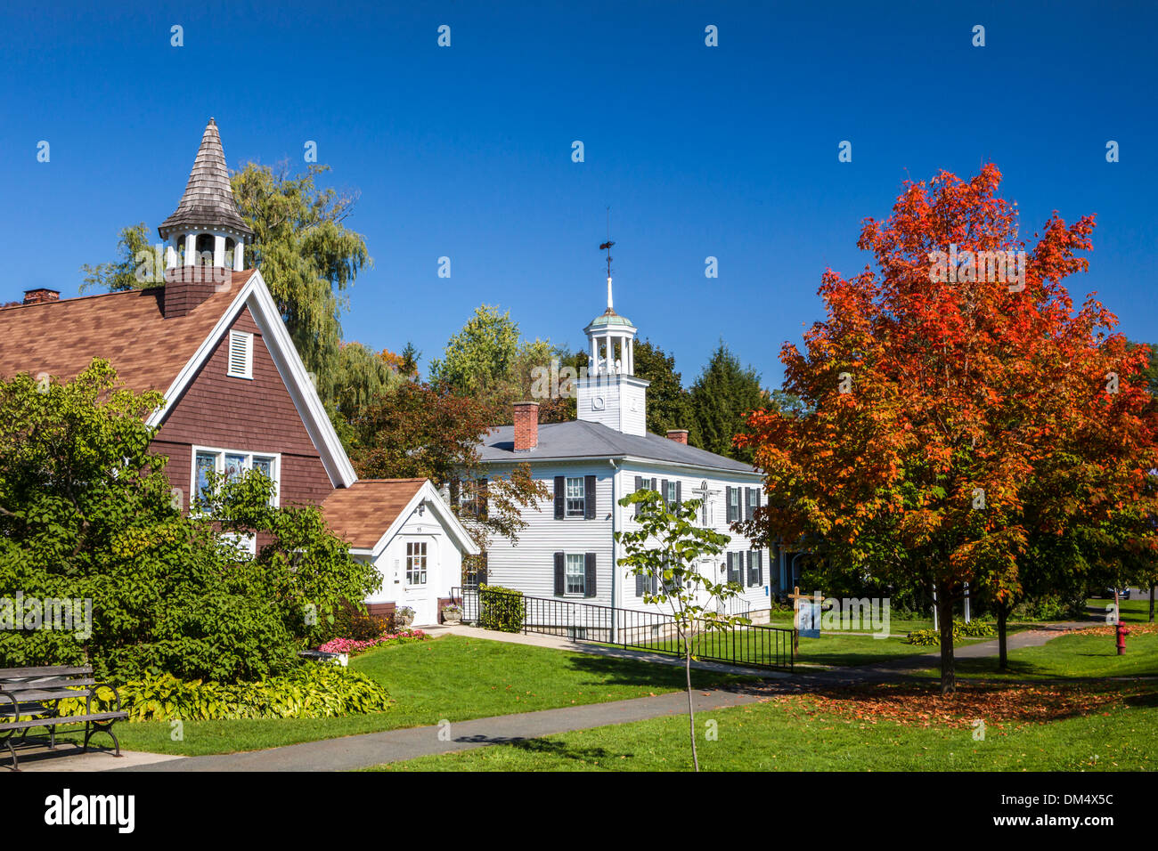 Autumn Berkshire Usa United States America Colourful House Stock