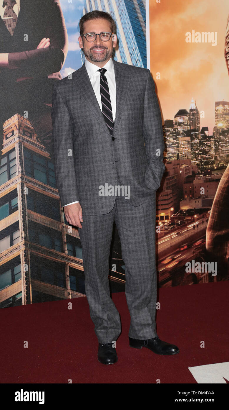 London, UK, 11th December 2013 Steve Carell attends premiere for Anchorman: The Legend Continues, sequel to comedy following San Diego's favourite news anchor Ron Burgundy at Vue West End, Leicester Square, London Photo: MRP/Alamy Live News - Stock Image