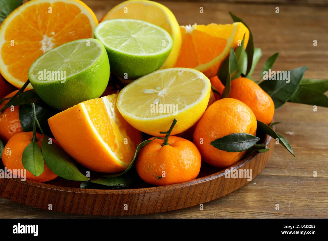 different types of citrus fruits (orange, lime, lemon, tangerine) - Stock Image