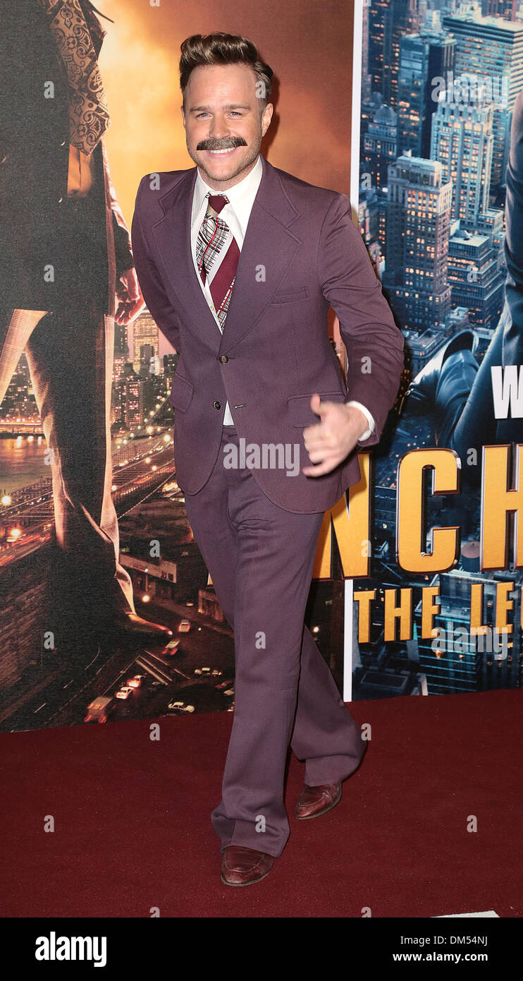 London, UK, 11th December 2013 Olly Murs attends premiere for Anchorman: The Legend Continues, sequel to comedy following San Diego's favourite news anchor Ron Burgundy at Vue West End, Leicester Square, London Photo: MRP/Alamy Live News - Stock Image