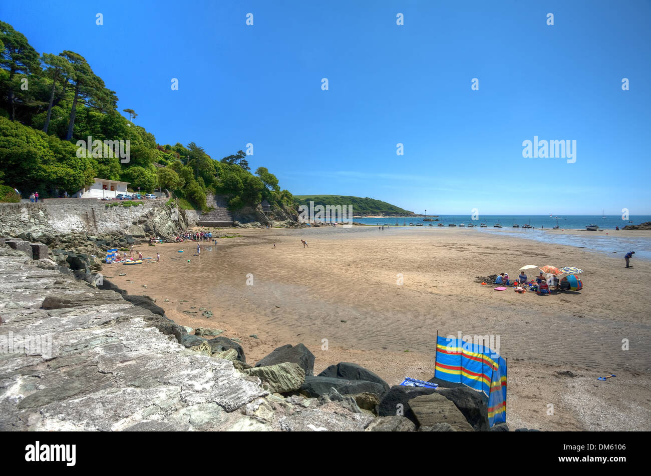 Summertime at North Sands beach, Salcombe, Devon, England. - Stock Image