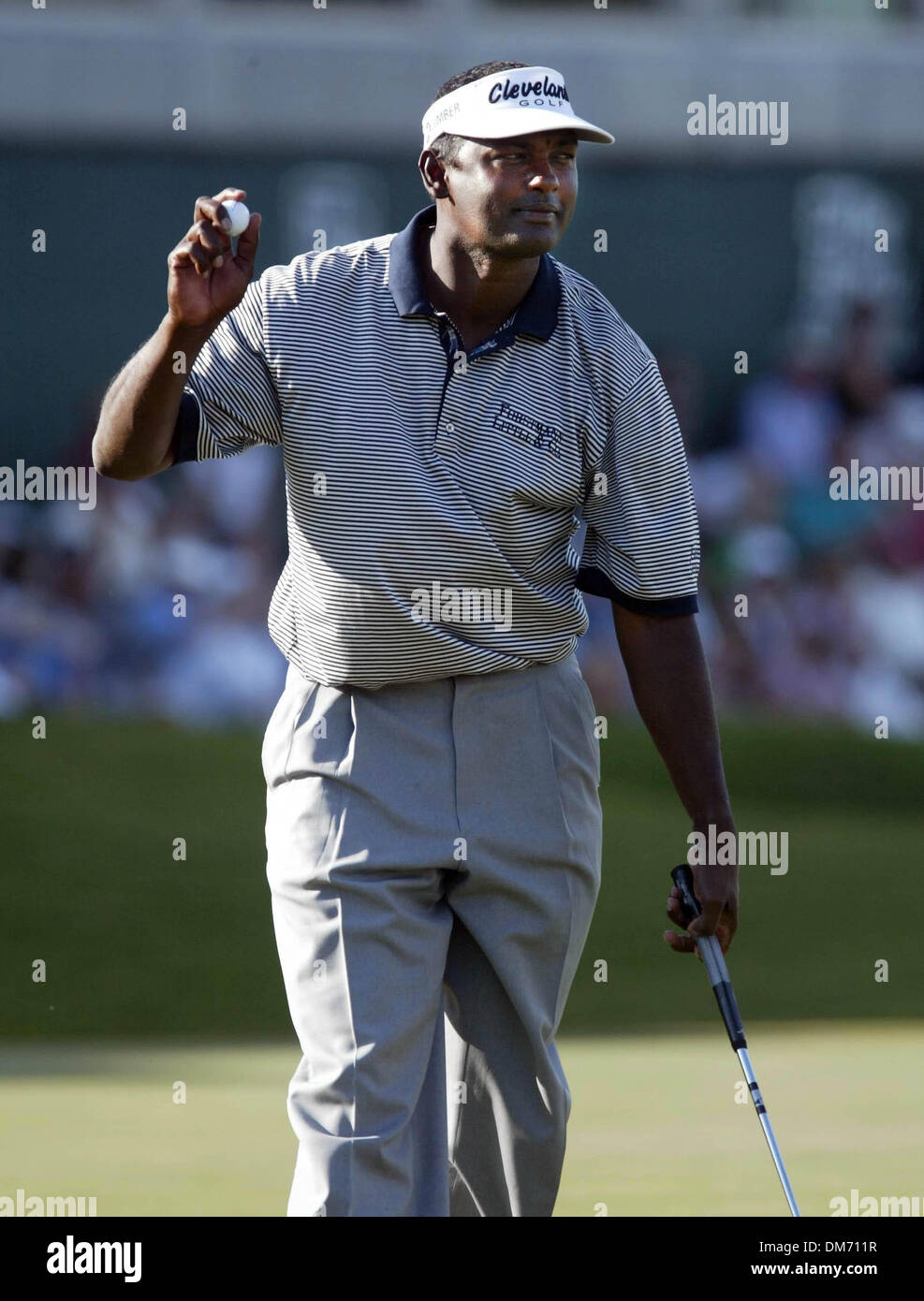 Mar 13, 2005; Palm Beach Gardens, FL, USA; VIJAY SINGH waves to spectators on 18 at The Honda Classic at Mirasol Stock Photo