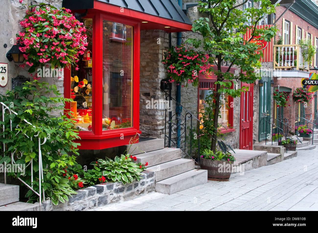 Boutiques on Rue du Petit Champlain Quebec city - Stock Image