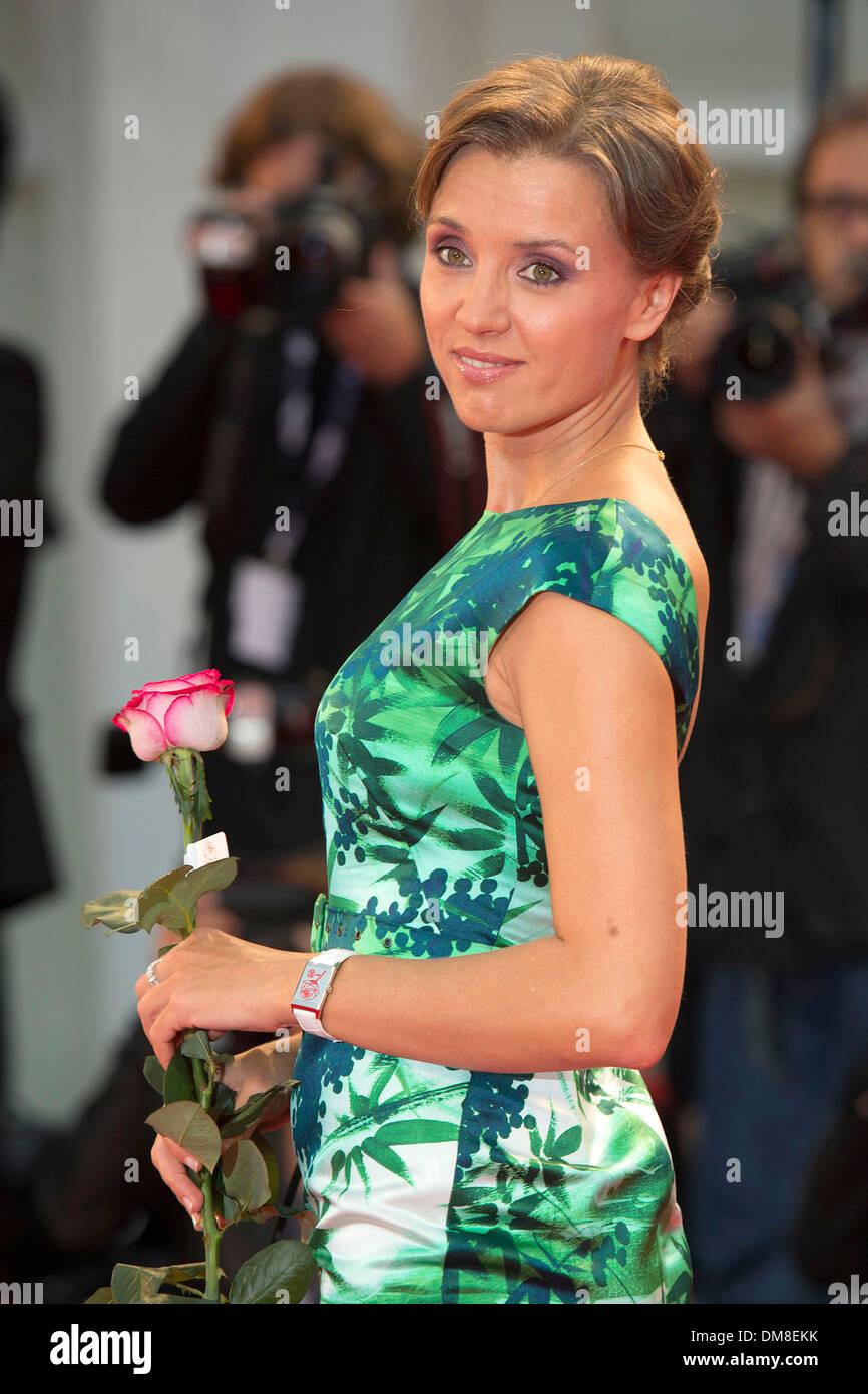 Ksenia Alferova and Yegor Beroev showed their grown-up daughter 06.02.2016 96
