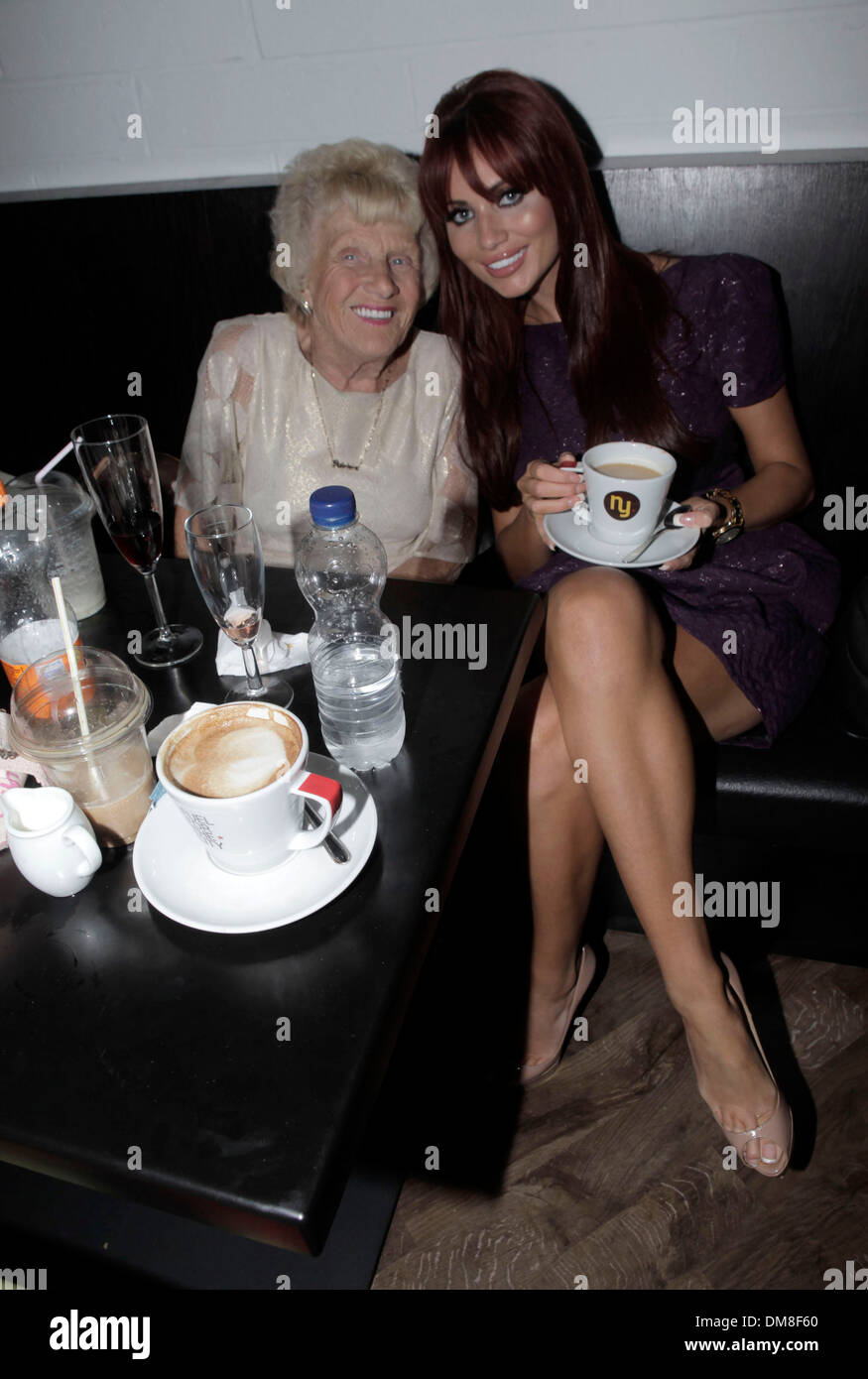 Amy Childs Nanny Pat Peter Andre opens a Coffee Shop called 'NY' New York Coffee Club in Brighton Sussex England - 30.08.12 - Stock Image