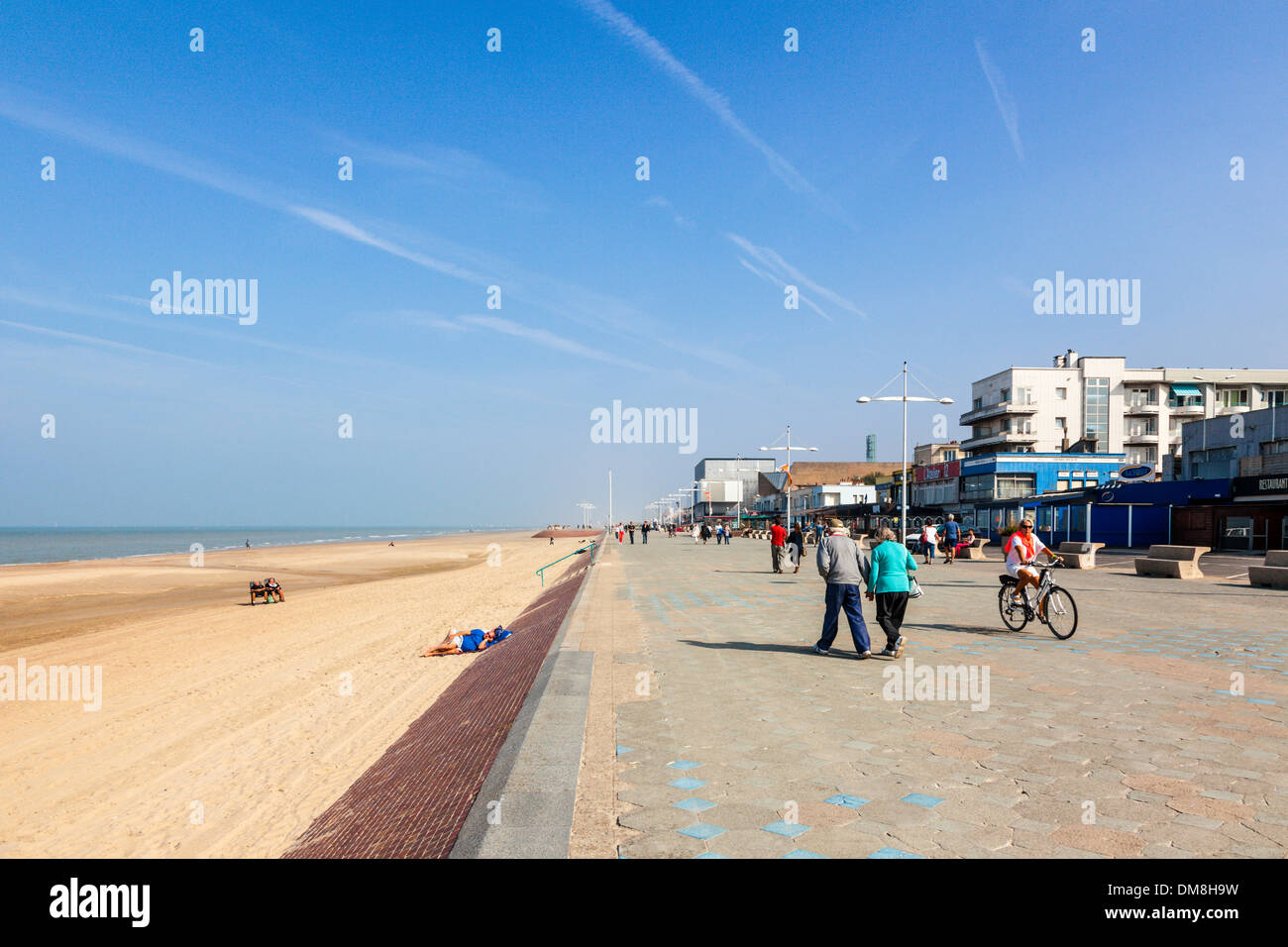 Seafront promenade with people, Dunkirk, France - Stock Image
