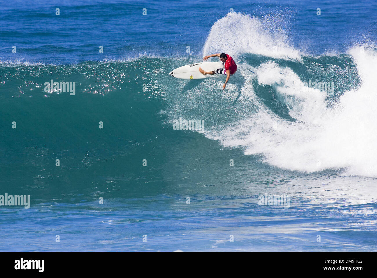 Nov 28, 2005; Sunset Beach, Oahu, Hawaii, USA; ASP WCT world number 11 JOEL PARKINSON (Coolangatta, Gold Coast, Aus) was unstoppable in his round of 64 heat against Ian Walsh (Haw), Pablo Paulino (Bra) and Daniel Ross (Aus) at the O'Neill World Cup at Sunset Beach, Hawaii today. ParkinsonÕs strong victory saw him advance comfortably to the round of 32, eliminating Paulino and Ross  - Stock Image