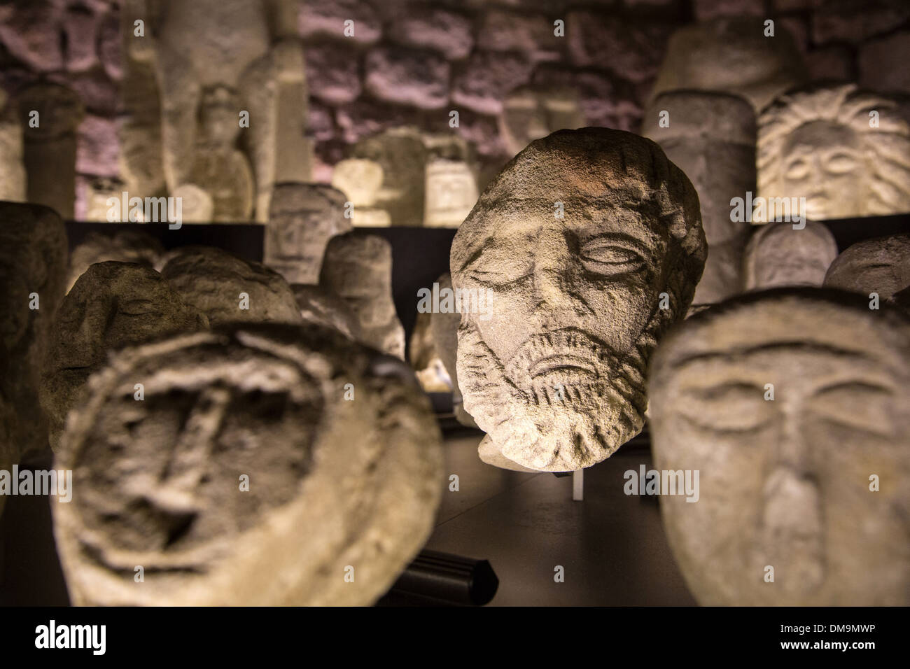 HEAD OF A BEARDED MAN, EX-VOTO IN THE HEALING TEMPLE IN THE FOREST OF HALATE, CITY MUSEUM OF ART AND ARCHAEOLOGY IN THE FORMER BISHOP'S PALACE, SENLIS, OISE (60), FRANCE - Stock Image